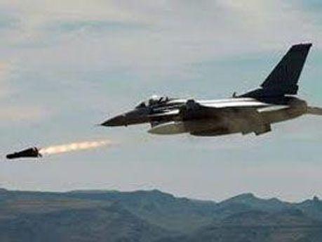 Самолеты НАТО еще в Ливии