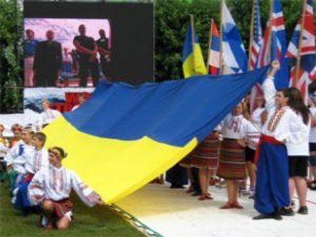 Торжественная часть на фестивале богатырской силы