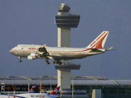 Работу аэропорта возобновят в ближайшее время