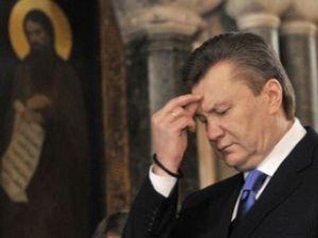 Віктор Янукович побував на службі Божій у Лаврі
