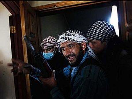Журналістів звільнили лівійські повстанці