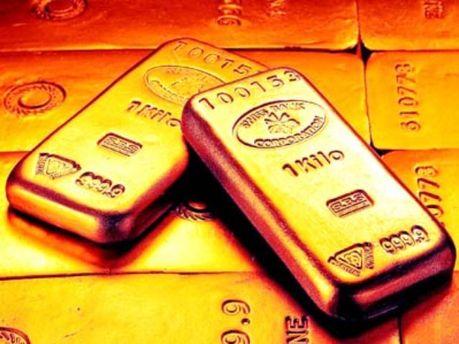 Золото тепер дешевшає