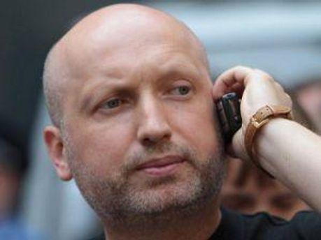 Олександр Турчинов дивується