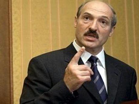 Олександр Лукашенко наказав стежити за валютою