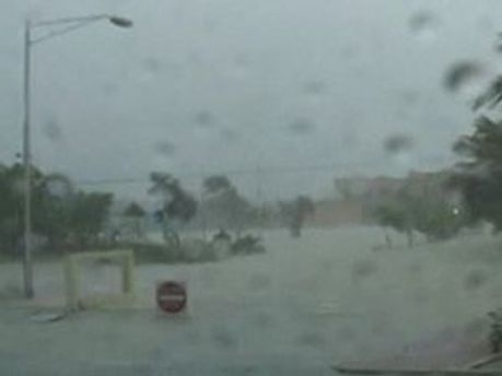 У США побоюються урагану