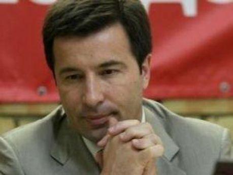 Валерий Коновалюк, хочет все выяснить