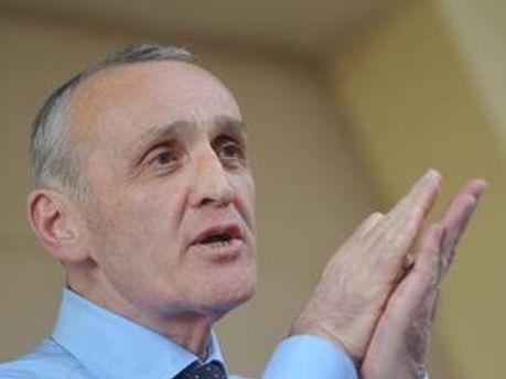 Олександр Анкваб набрав більше 51% голосів