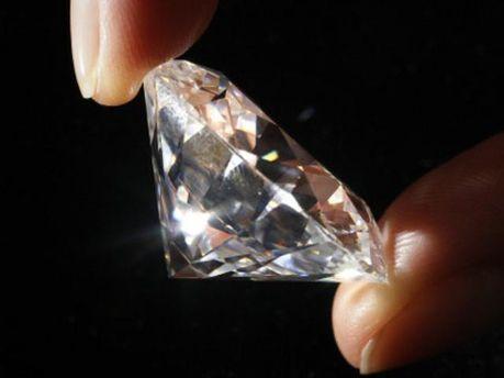 Діаманти дорожчають