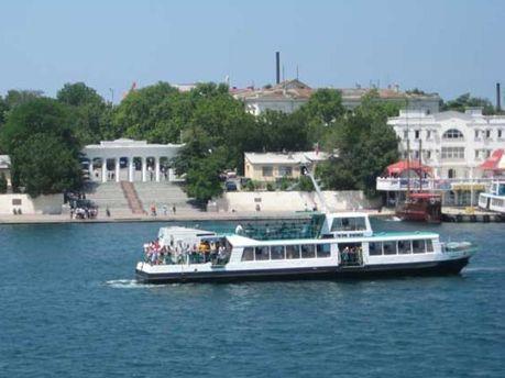Старі катери Севастополя замінять на нові в 2012 році