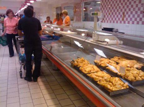 М'яса в мінських магазинах майже немає