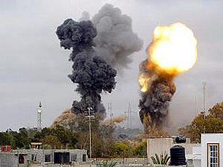 Повстанцы просят бомбардировать