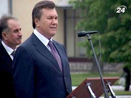 Янукович поздравил мусульман с праздником