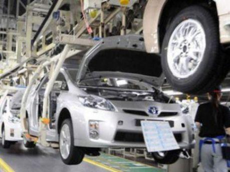 Японские автопроизводители не восстановили показатели 2010 года
