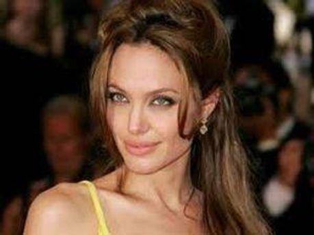 Голливудская звезда Анджелина Джоли