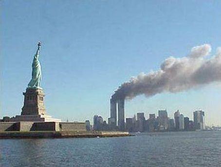 Накануне годовщины трагедии в США возрастает угроза терактов