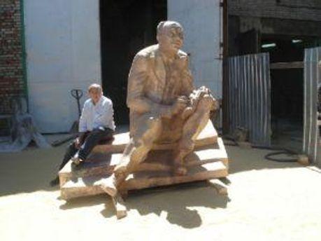Памятник Исааку Бабелю