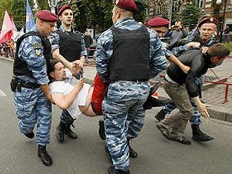 Некоторых сторонников Тимошенко задержали