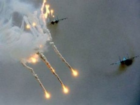 НАТО й далі продовжує атакувати