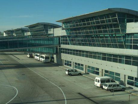 У аеропорті Стамбула здійснили екстренну посадку пакистанського літака