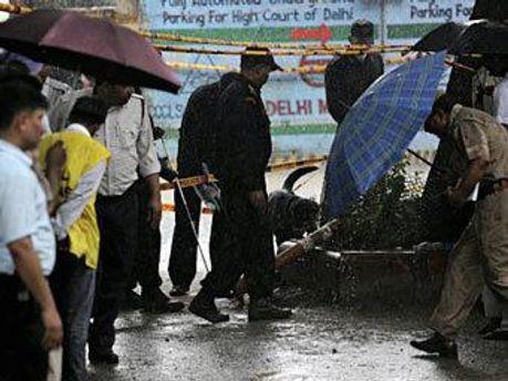 На месте взрыва в Нью-Дели