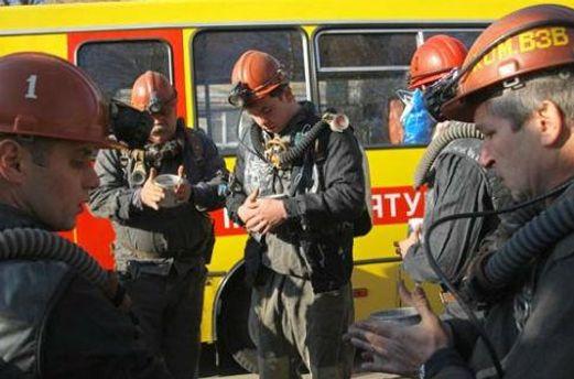 Горняков удалось спасти из-под завалов