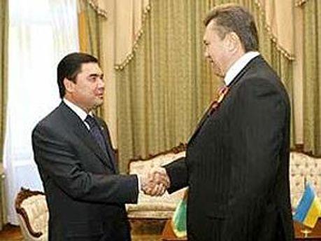 Гурбангули Бердимухамедов і Віктор Янукович
