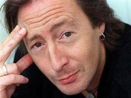 Джуліан Леннон — син покійного учасника групи The Beatles Джона Леннона