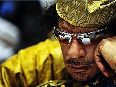 Каддафі досі переховується