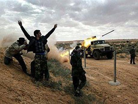 Сторонники Каддафи продолжают борьбу