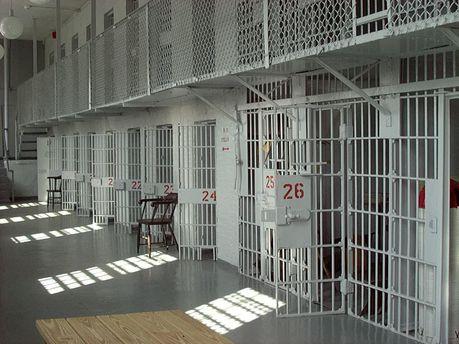 З в'язниці втекли 32 особи