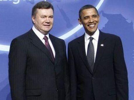 Обама поблагодарил Януковича за вклад в ядерную безопасность