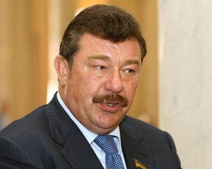 Александр Кузьмук раскритиковал военный бюджет на следующий год