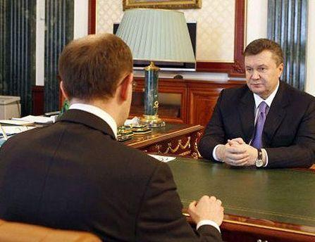 Яценюк хочет встретиться с Президентом по трем вопросам