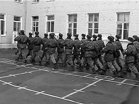 Солдаты остались без имущества на миллион гривен