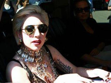 Эпатажная певица Леди Гага