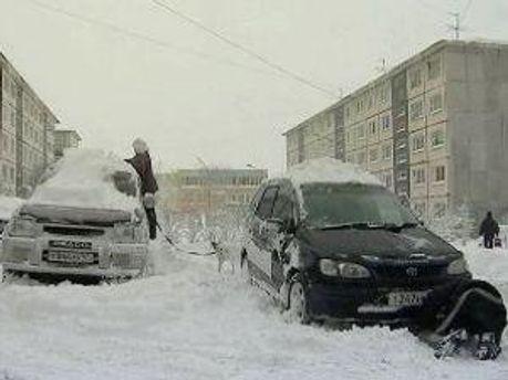Власти рекомендуют ограничить свое движение на автомобилях