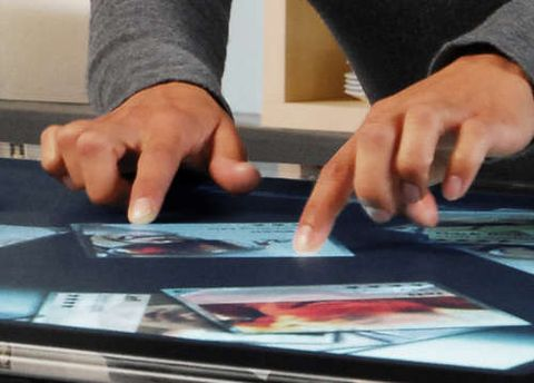 Функцію мультитач використовують на планшетах та смартфонах