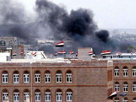 Взрывы прогремели на севере Саны