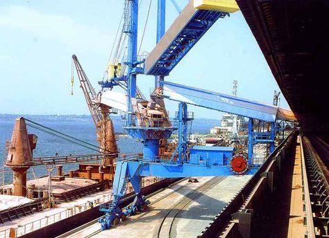Придбання порту дає Фірташу можливість експортувати продукцію його хімічних підприємств