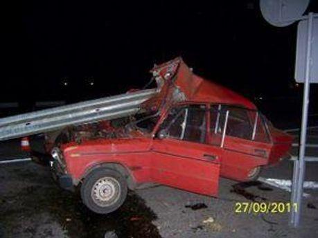 Причина аварии - потеря внимания за рулем