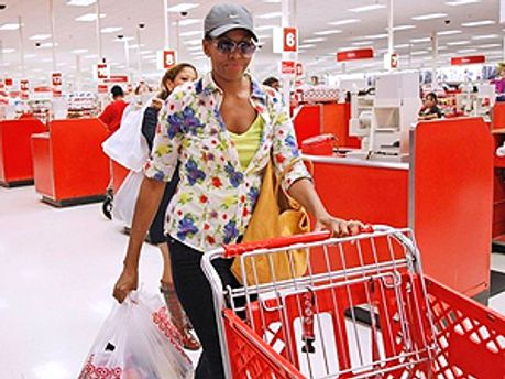 Первая леди США Мишель Обама пошла по магазинам