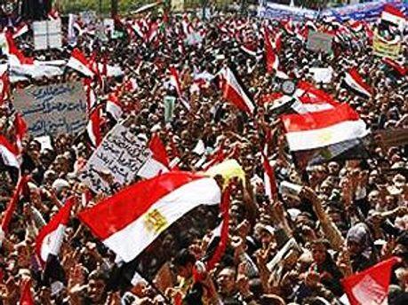 Демонстранты опасаются возвращения сторонников Мубарака