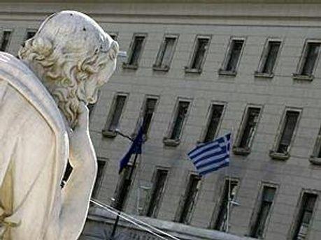 Греция ждет решения о внешней помощи