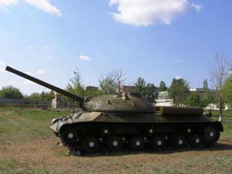 За танк чиновник хотел 4,5 миллиона рублей
