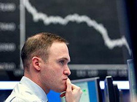Афинский индекс упал в тренде мировых рынков