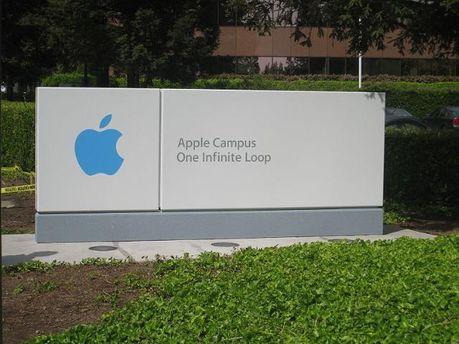 Apple теряет в цене