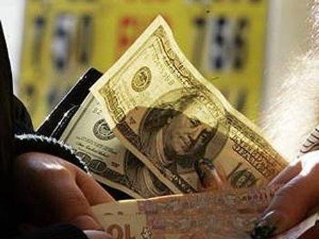 Обміняти валюту можна буде простіше