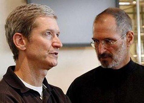 Тім Кук у серпні замінив Стіва Джобса на посаді генерального директора Apple