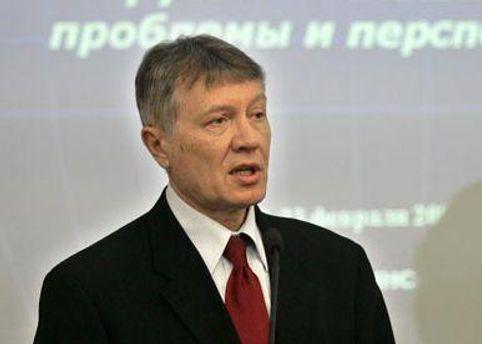 Олег Манаев