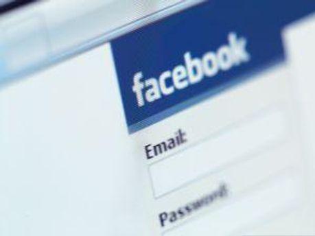 Facebook улучшает работу